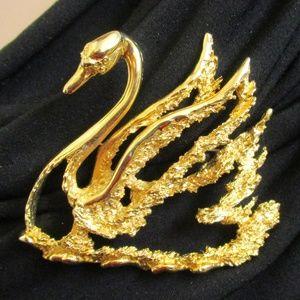Vintage TORTOLANI Dimensional Gold Swan Brooch